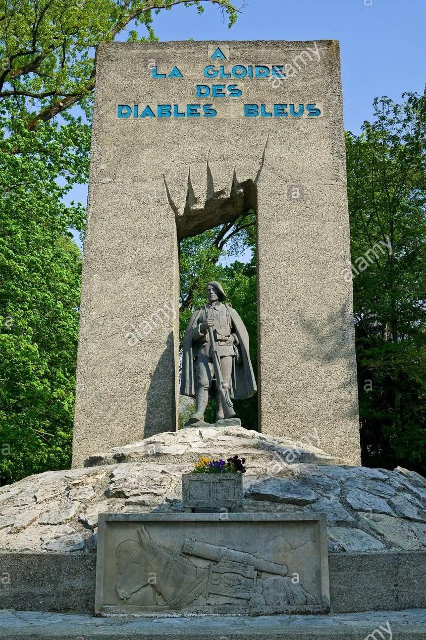 https://diablesbleus.fr/wp-content/uploads/2019/08/france-isere-grenoble-parc-paul-mistral-un-monument-a-les-diables-bleus-les-chasseurs-alpins-au-cours-de-la-seconde-e2fdkx.jpg